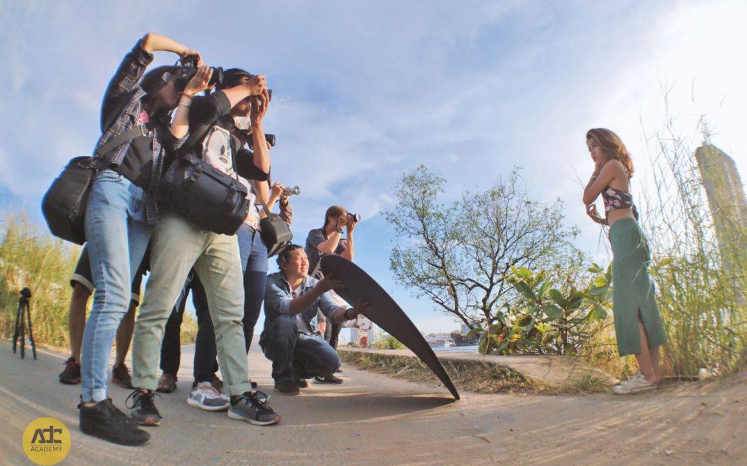 Buổi thực tập chụp ảnh ngoại cảnh của học viên ADC